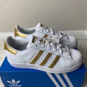 Adidas Superstar J Youth Size 5.5 New